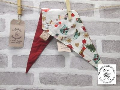 the posh dog clothing company Christmas bandannas small stockings trees dk red 1