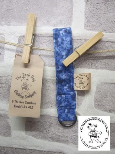 the posh dog clothing company walkies collection key fob blue camo 1