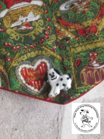 the posh dog clothing company Christmas bandannas med traditional red 2