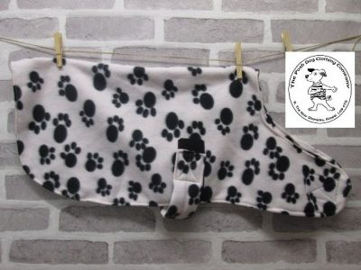 the posh dog clothing company fleece coat paws 01