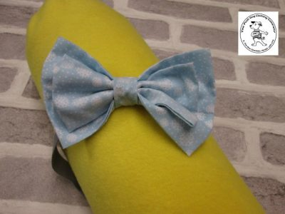 The Posh dog clothing company bow tie blue snowflakes 01
