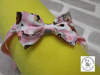 The Posh dog clothing company bow tie pink dogs 01