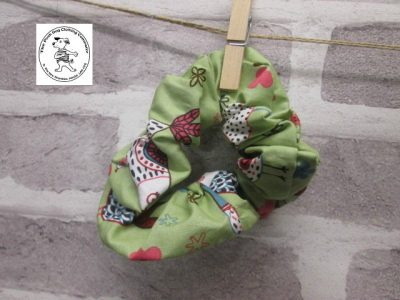 the posh dog clothing company walkies scrunchy green birds 1