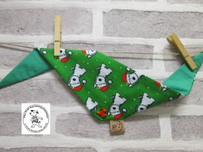 the posh dog clothing company bandannas christmas dog green 4