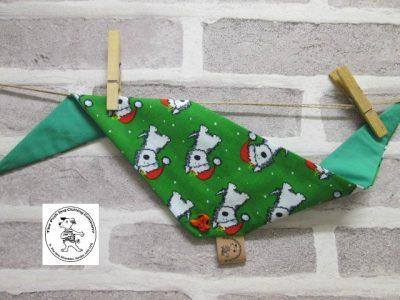 the posh dog clothing company bandannas christmas dog green 4