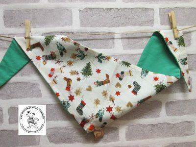 the posh dog clothing company bandanna christmas little socks green 1